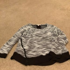GB black and white sweater with shear back